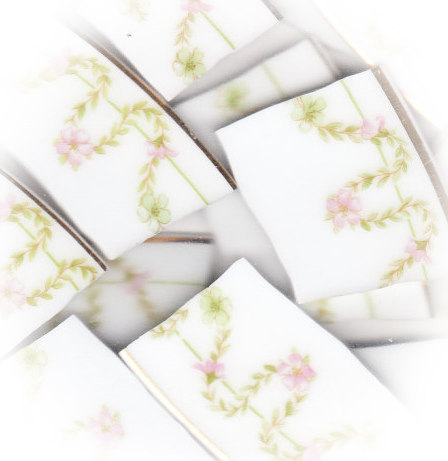 Pink Floral & Green Chain Broken China Mosaic Banners
